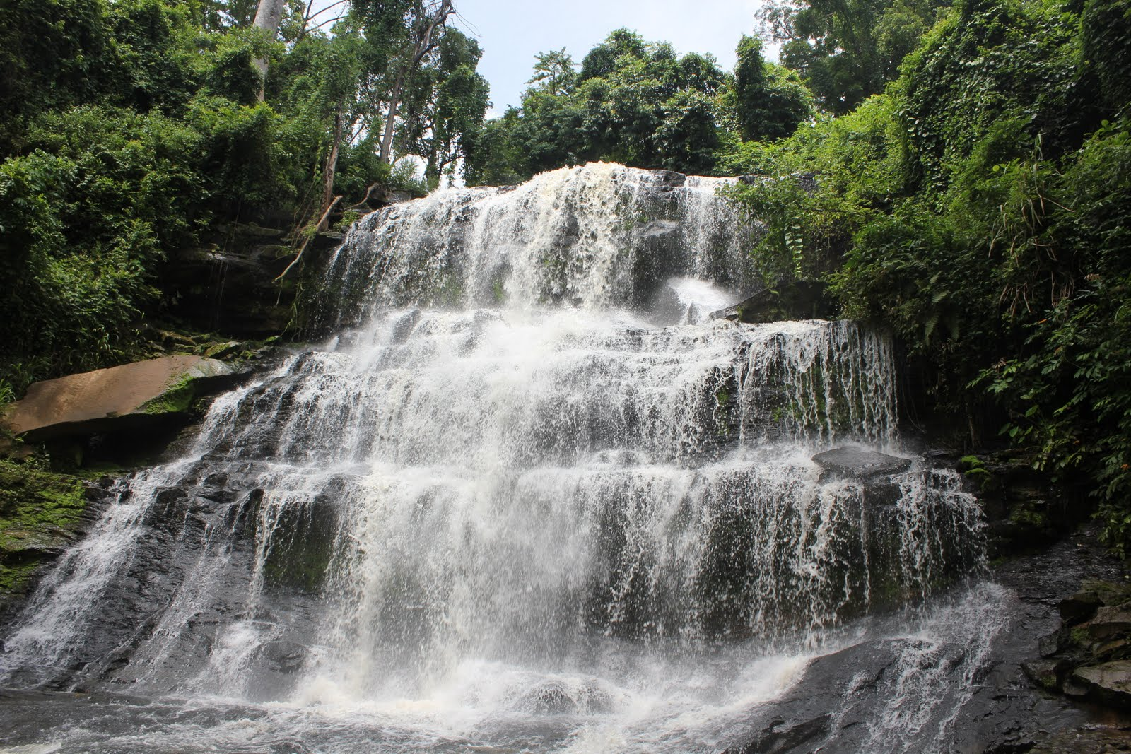 Kintampo-waterfalls.jpg