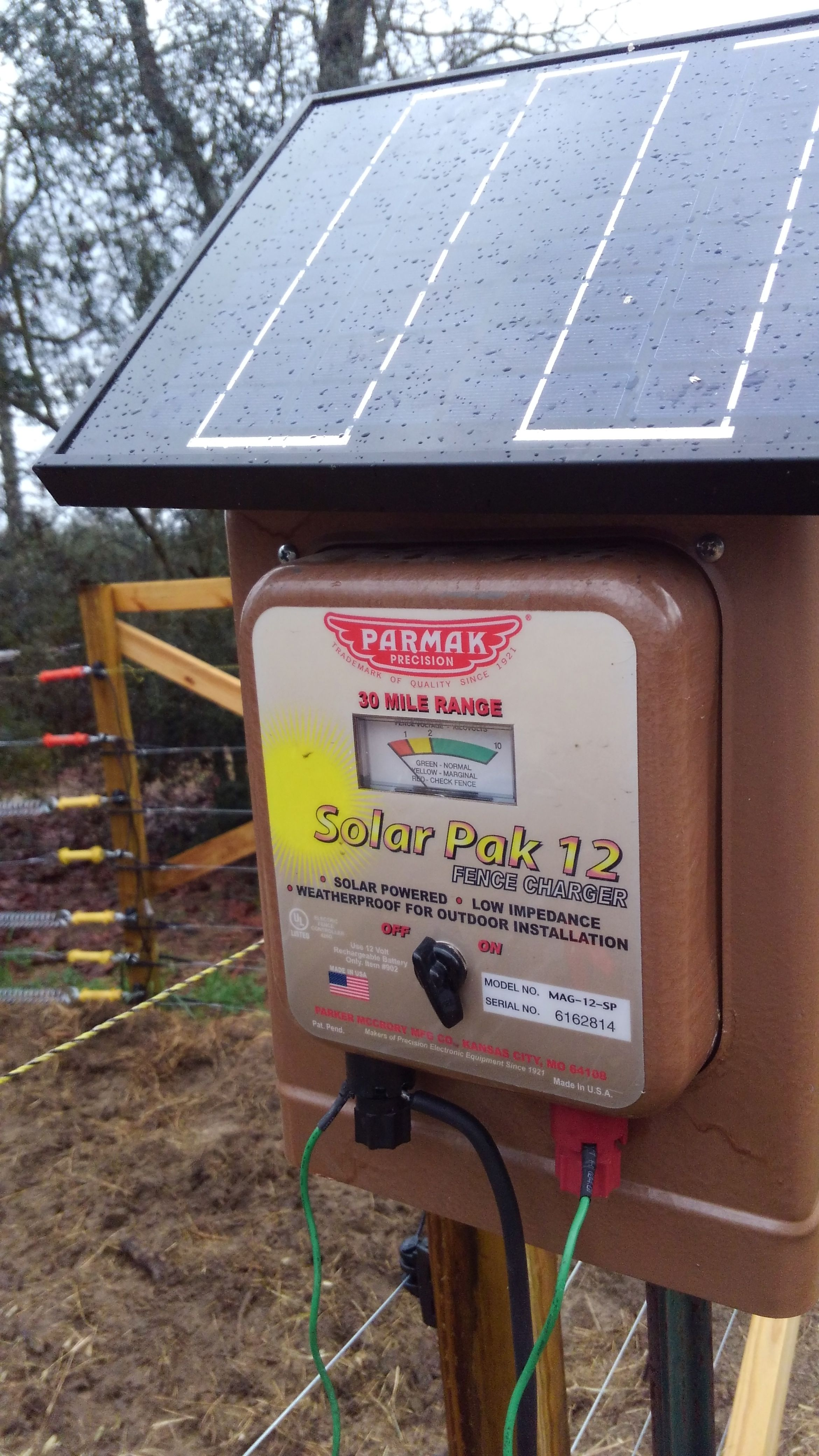 Solar fence charger hook up