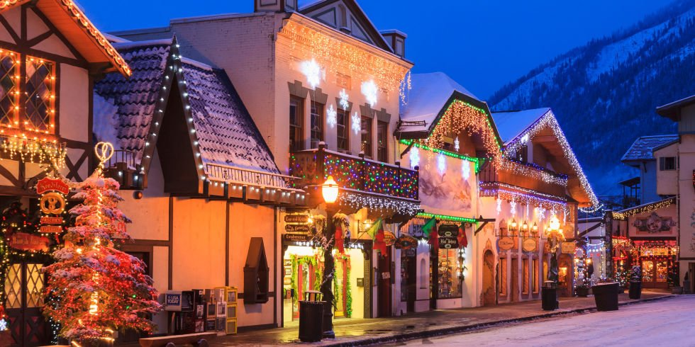 America 39 s best small towns for christmas steemit Best villages in america